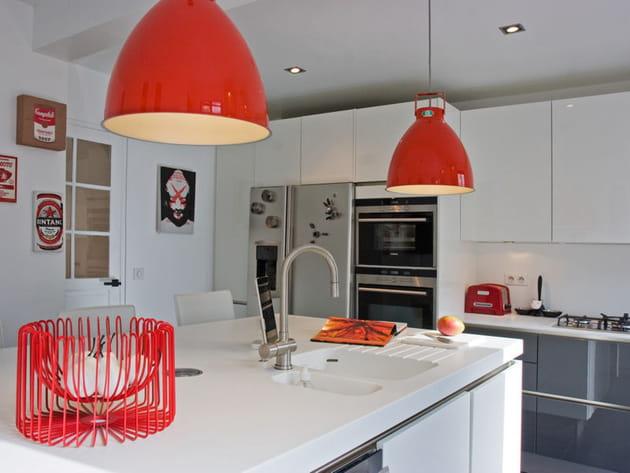 cuisine familiale. Black Bedroom Furniture Sets. Home Design Ideas
