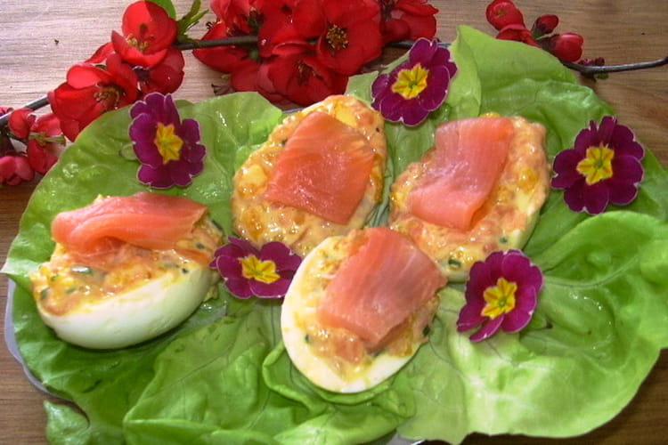 Oeufs farcis aux languettes de saumon