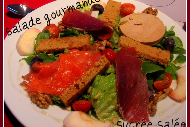 Salade gourmande sucrée-salée