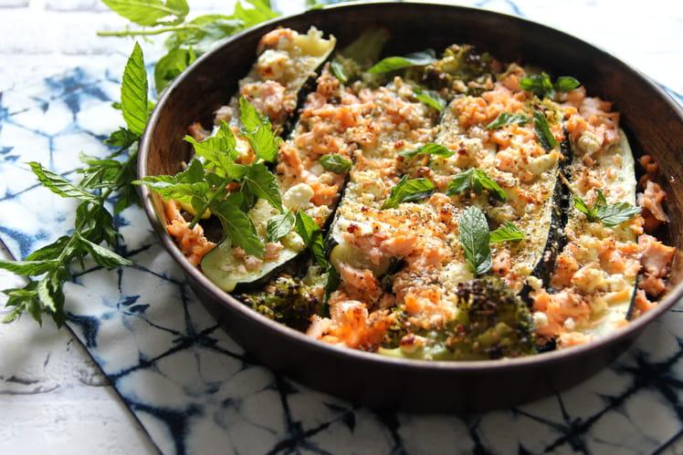 Gratin de courgettes, brocolis, saumon et feta
