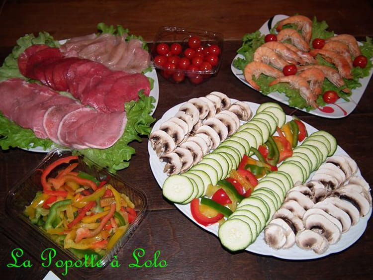 Recette de pierrade simple et color e la recette facile for Idee menu simple entre amis