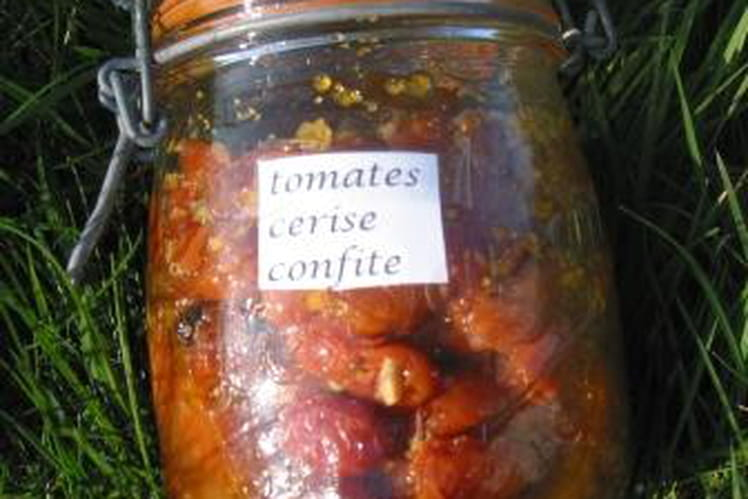 Conserve de tomates confites