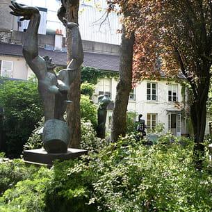 le musée zadkine dans le vie arrondissement de paris.