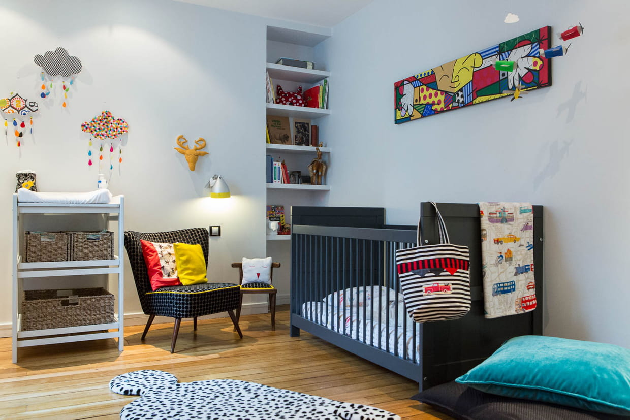 une chambre d 39 enfant color e. Black Bedroom Furniture Sets. Home Design Ideas