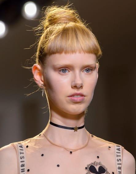 Le choker du défilé Christian Dior