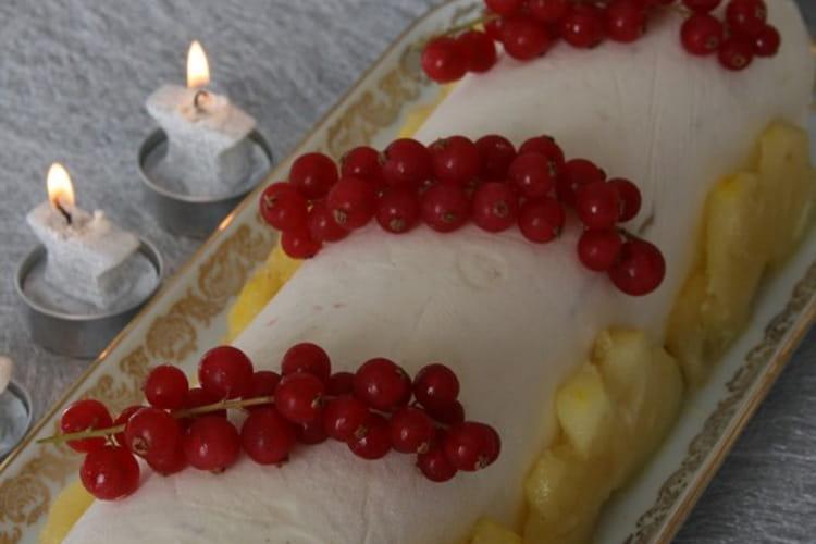 Bûche glacée à la vanille et à la mangue sans oeufs ni gluten