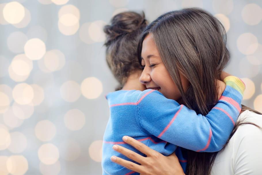 Prime A L Adoption Les Aides Pour Les Parents D Enfants Adoptes
