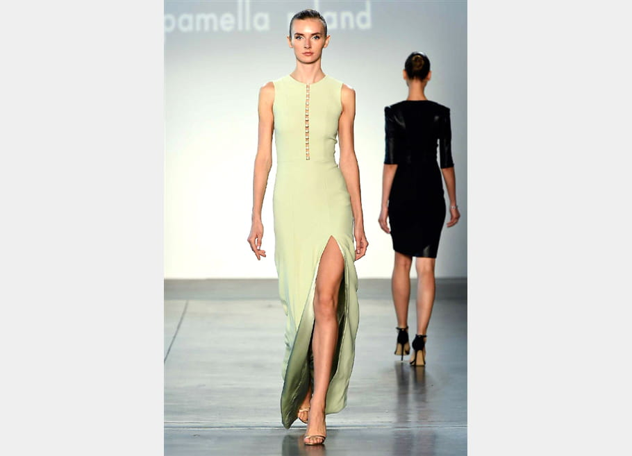 Pamella Roland - passage 22