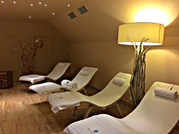Salle de repos et relaxation du spa Deep Nature