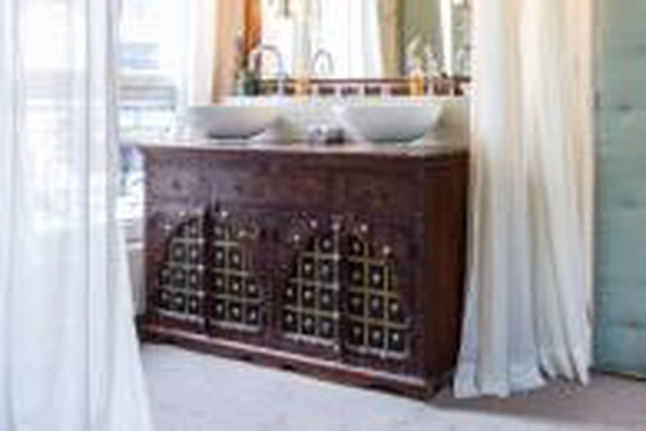 20 meubles vasque récup' pour la salle de bains