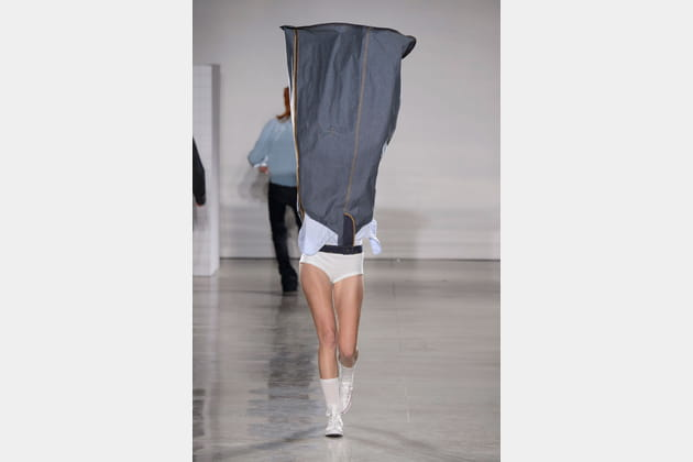 La jupe portée relevée du défilé VFiles - Sophie Haderman