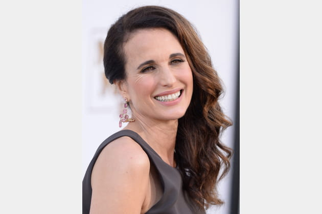 Les boucles wavy d'Andie MacDowell