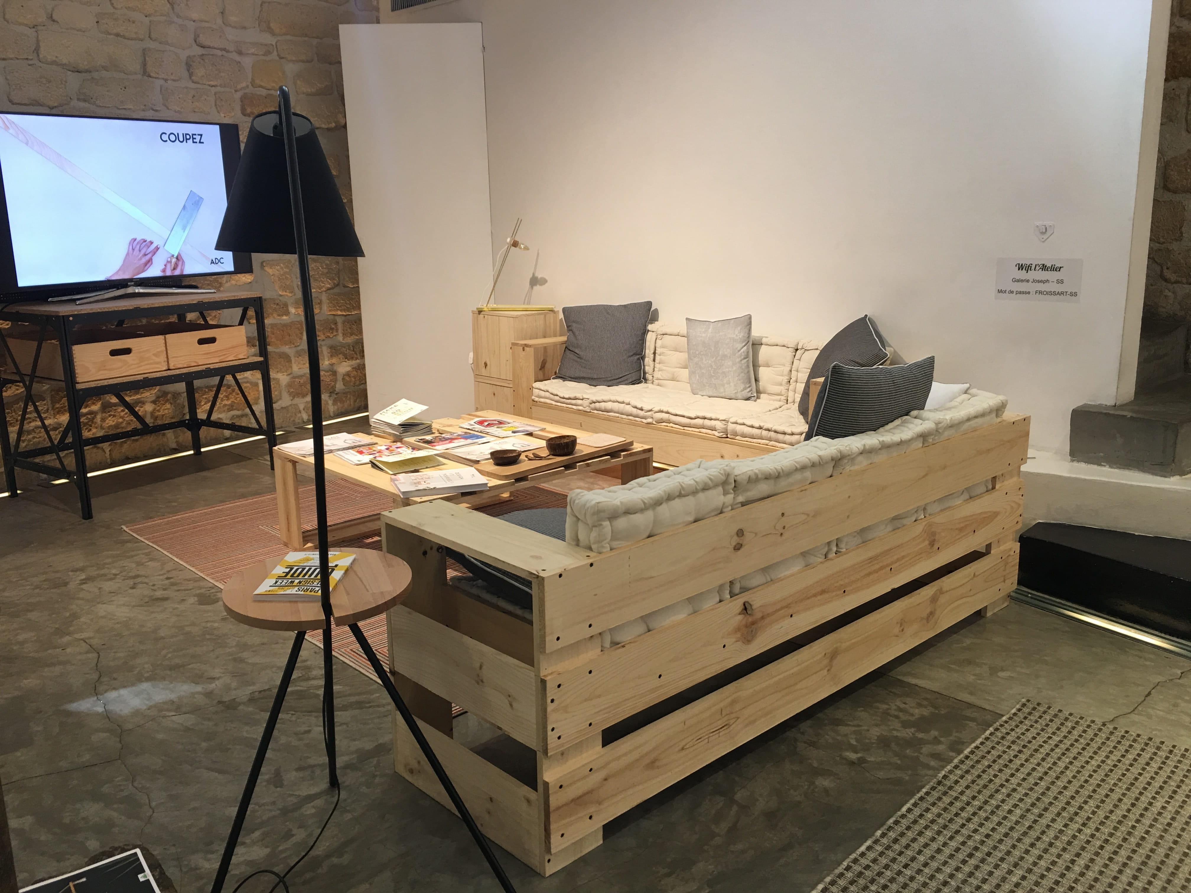 conseils d 39 ami pour am nager son premier appartement. Black Bedroom Furniture Sets. Home Design Ideas