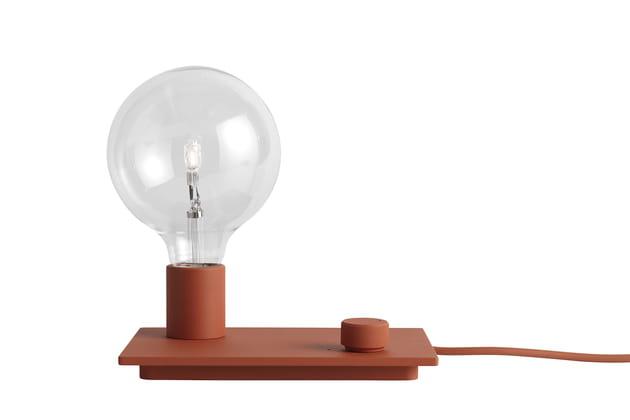 La lampe de chevet à variateur