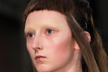Iris Van Herpen (Close Up) - photo 9