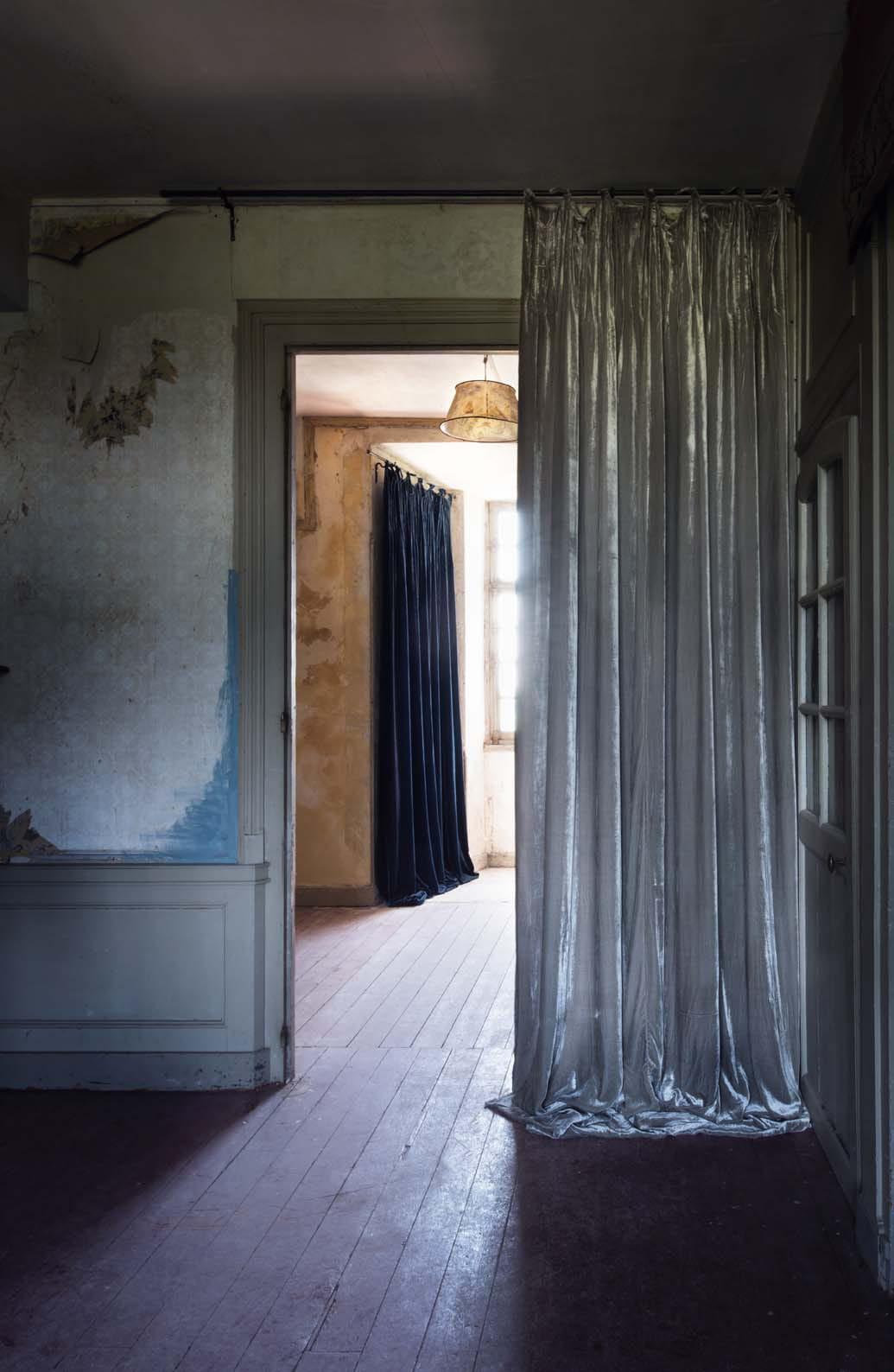 rideaux istanbul en velours chez le monde sauvage. Black Bedroom Furniture Sets. Home Design Ideas