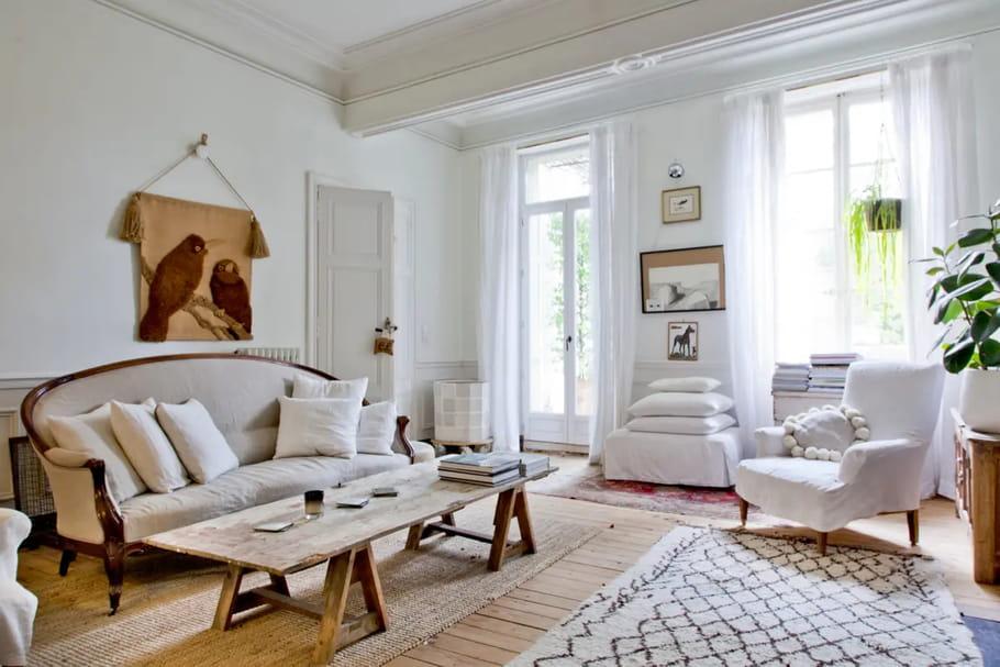 Salon blanc: zoom sur la plus lumineuse des pièces de vie