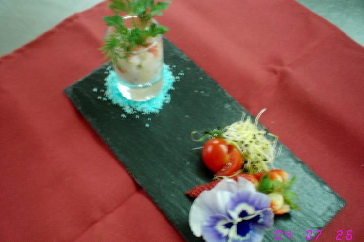 Tartare de Saint-Jacques, fraises et huile de vanille