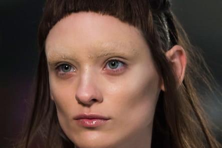 Iris Van Herpen (Close Up) - photo 19