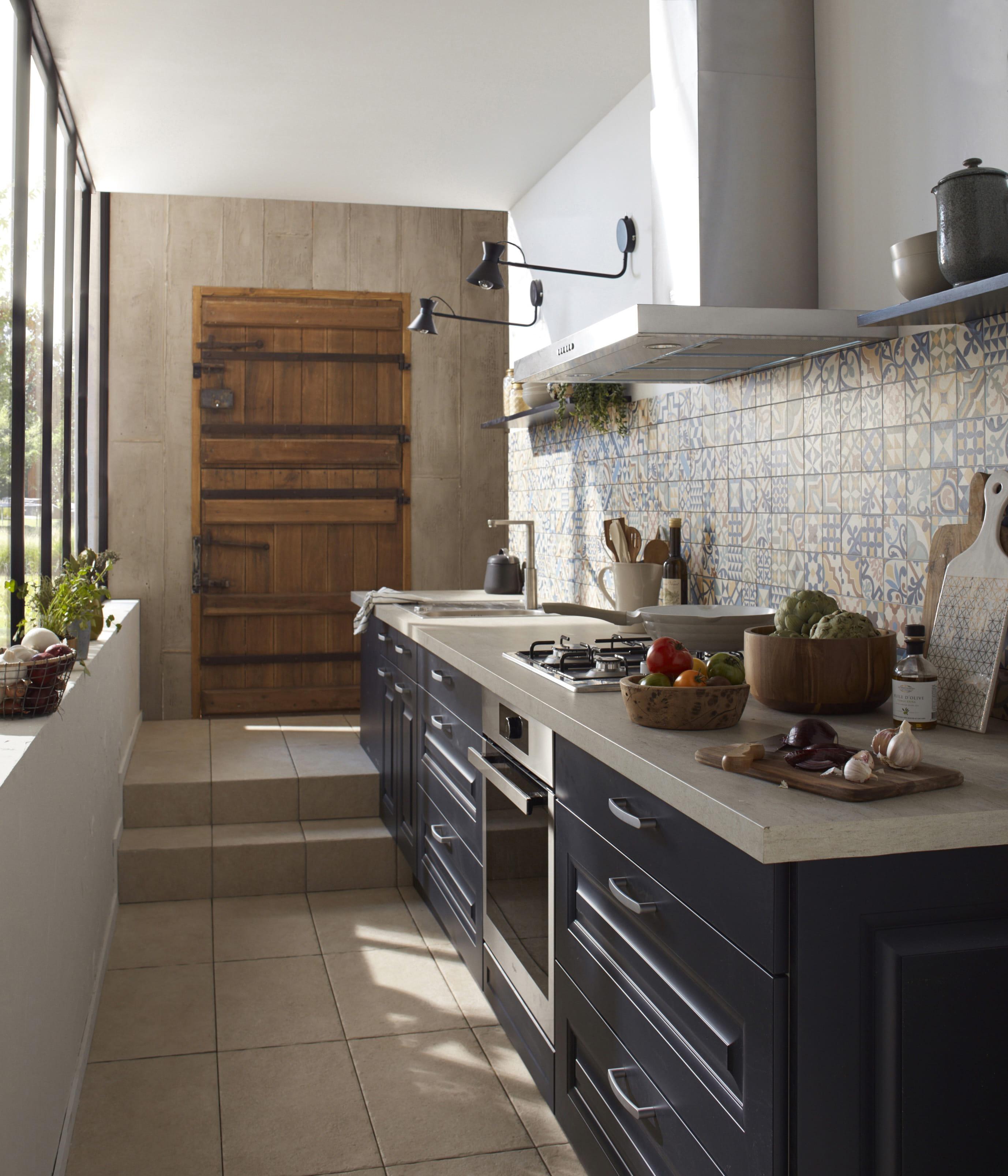 les erreurs viter avec une pi ce troite. Black Bedroom Furniture Sets. Home Design Ideas