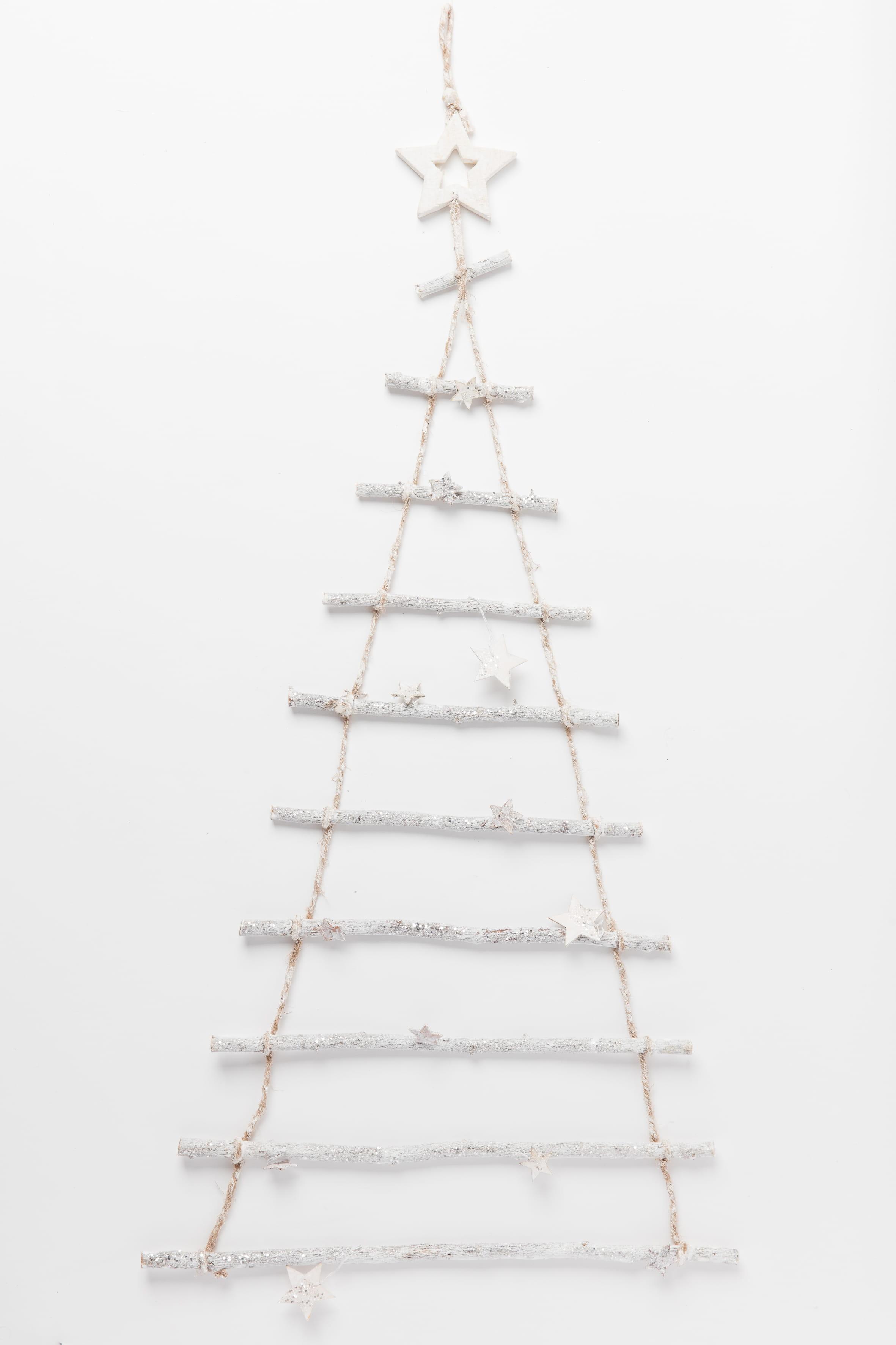 arbre suspendre en bois par tati. Black Bedroom Furniture Sets. Home Design Ideas