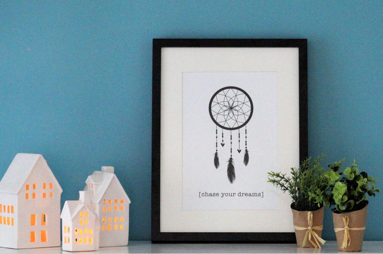 zoom sur les objets d co du salon. Black Bedroom Furniture Sets. Home Design Ideas