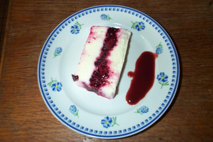 Dessert rouge et blanc