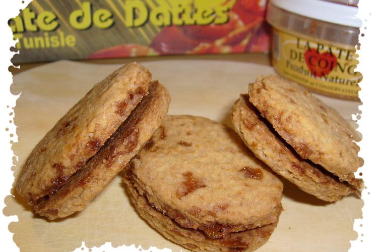 Biscuits au caramel fourrés dattes et coings