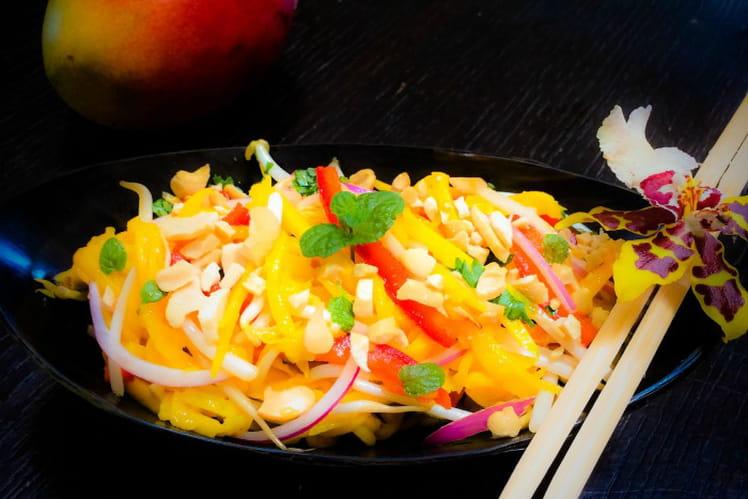 Salade thaï à la mangue ou Som Tum Mamuang