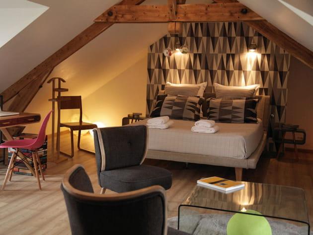une suite parentale scandinave sous les toits. Black Bedroom Furniture Sets. Home Design Ideas