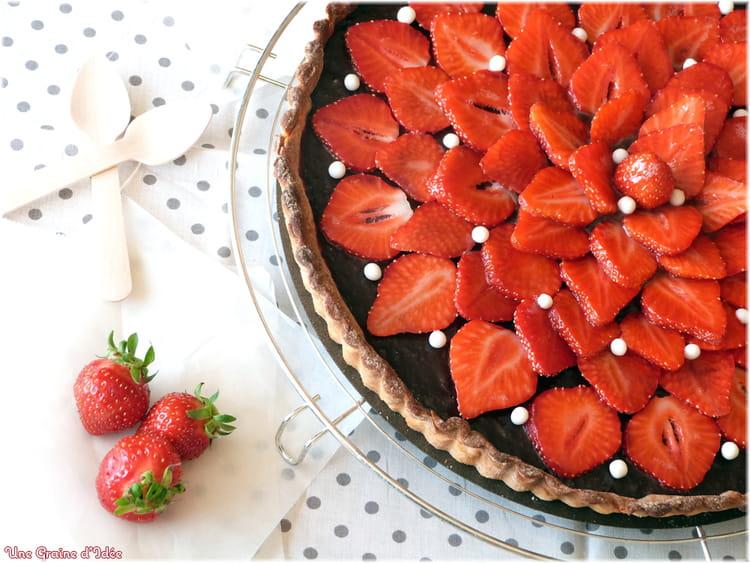 Recette de tarte aux fraises et chocolat la recette facile - Recette tarte aux chocolat ...