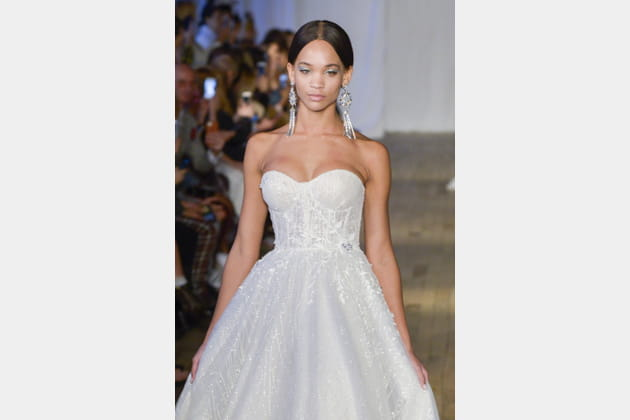 Robe de mariée bustier, Berta