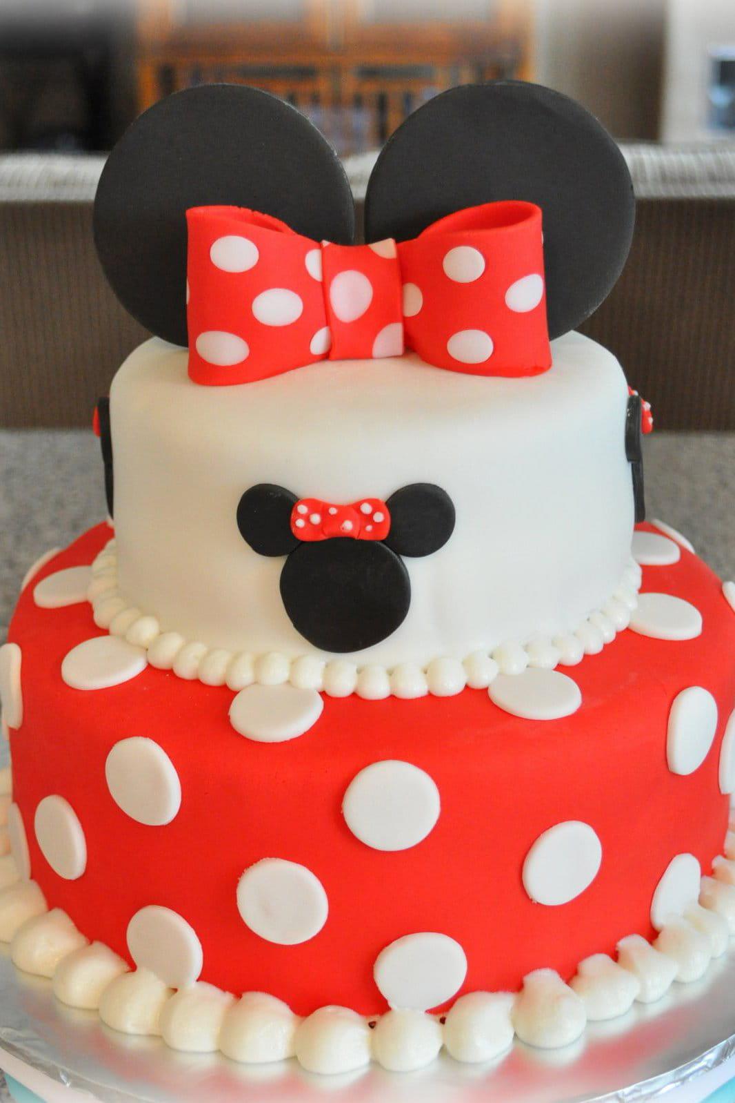 Le Gâteau Danniversaire Minnie