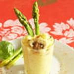 risotto au safran cremeux accompagne d asperges