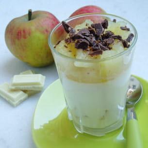 panna cotta au chocolat blanc et aux pommes