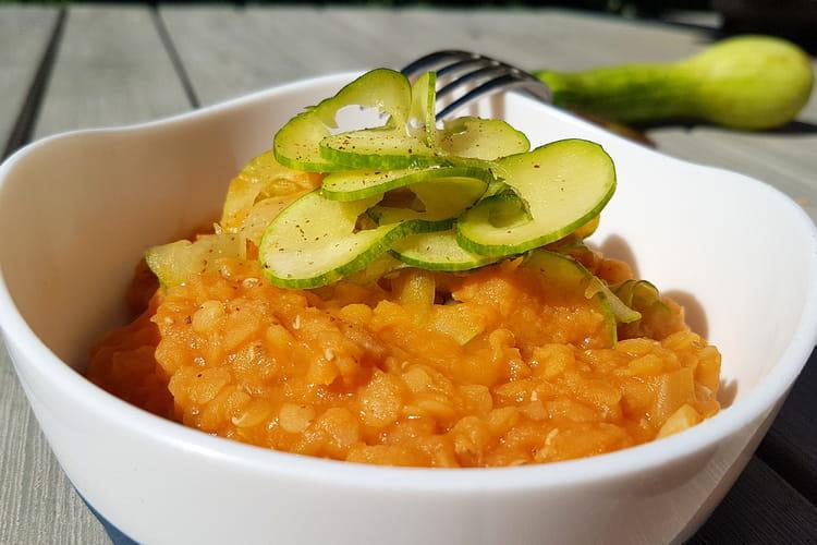 Curry de lentilles corail, carottes et courgette