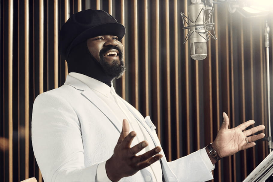 """Gregory Porter dévoile le clip de sa reprise de """"L-O-V-E"""""""