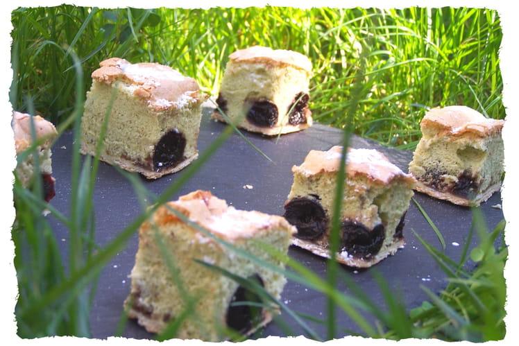 Bouchées moelleuses aux pistaches et griottes