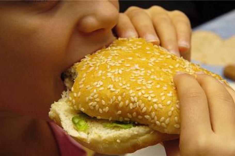 L'obésité à l'adolescence accroît le risque de cancers à l'âge adulte