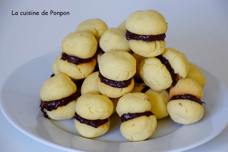 Baci di dama, baisers des dames, biscuits italiens
