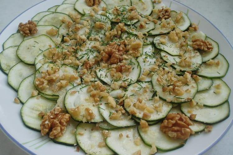 Recette de carpaccio de courgettes aux noix la recette for Entree legere et facile