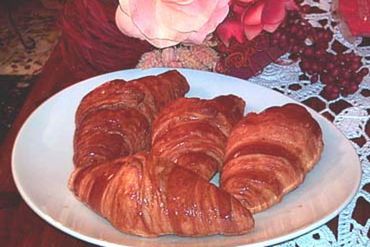 Recette de croissants au beurre la recette facile - Recette croissant au beurre ...
