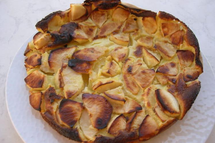 Flognarde aux pommes, arôme vanille et rhum