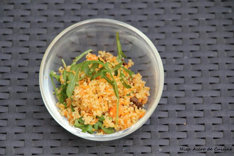 Salade de céréales à la roquette et aux raisins secs