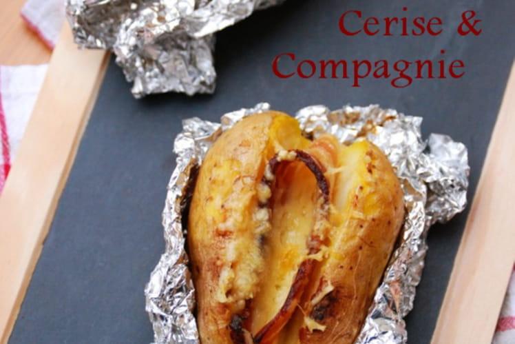Recette de pomme de terre au four en robe des champs - Pommes de terre en robe de chambre au four ...