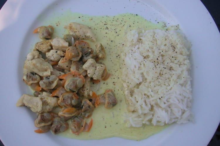 Emincé de poulet aux coques sauce curry