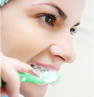 brosser vos dents avec douceur.
