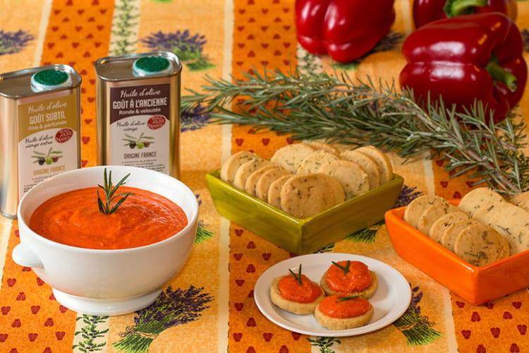 Caviar de poivrons rouges et sablés au romarin