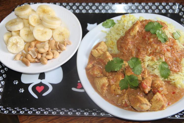 Curry de poulet épices douces et fruits
