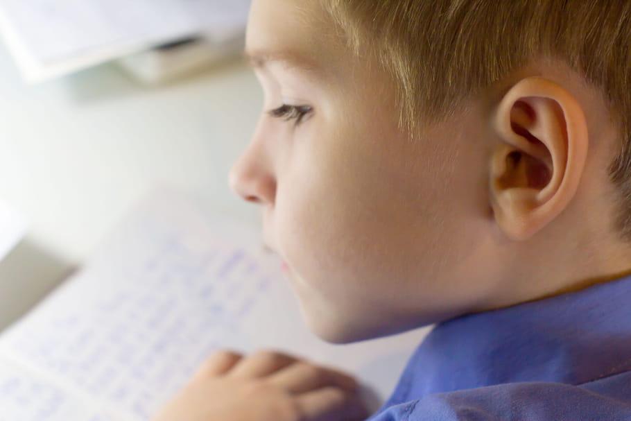 Surdoué, un enfant de 9ans prépare son doctorat à l'université